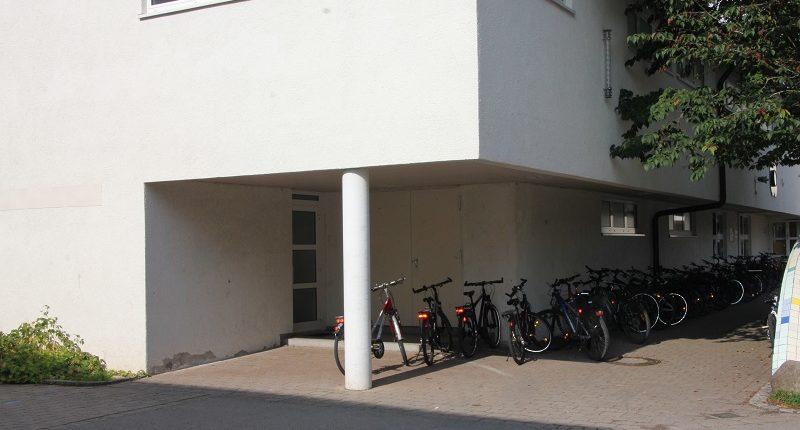 tsg-sportstaette-rotachhalle-eingang