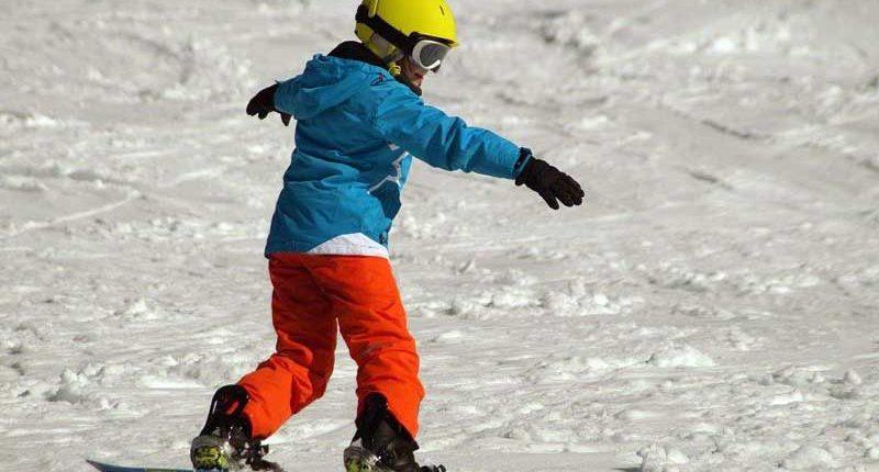 tsg-wilhelmsdorf-wintersport-snowboarden-kind