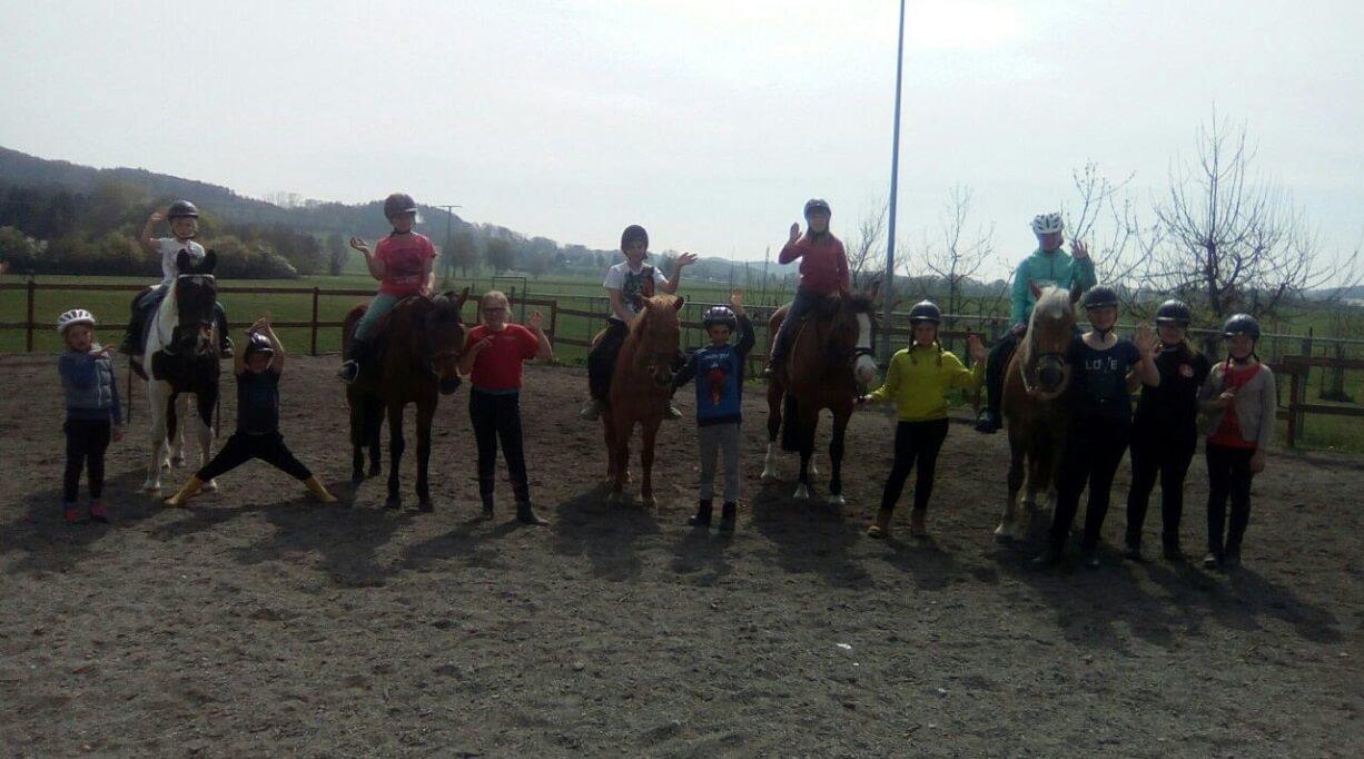 TSG Wilhelmsdorf Reiten Reiterferien April Teilnehmer